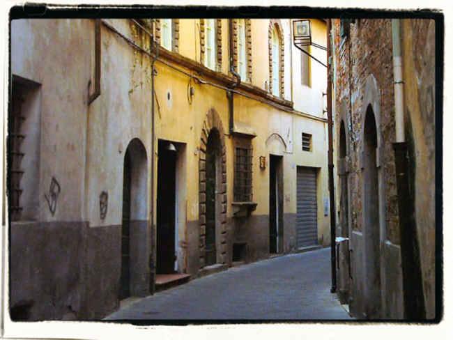 Lucca: le antiche vie che portano al nostro B&B